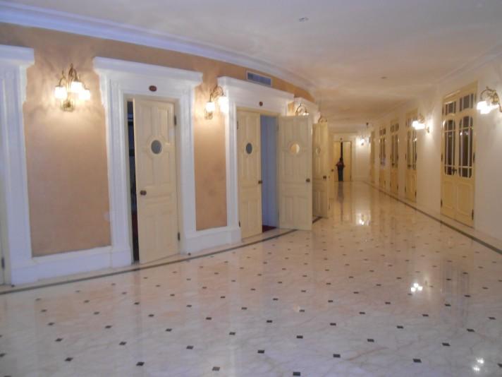 Other hallway Opera_1