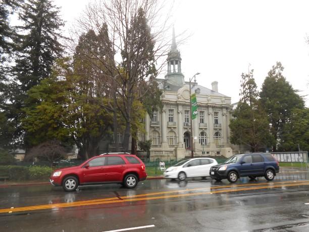 b-city-hall